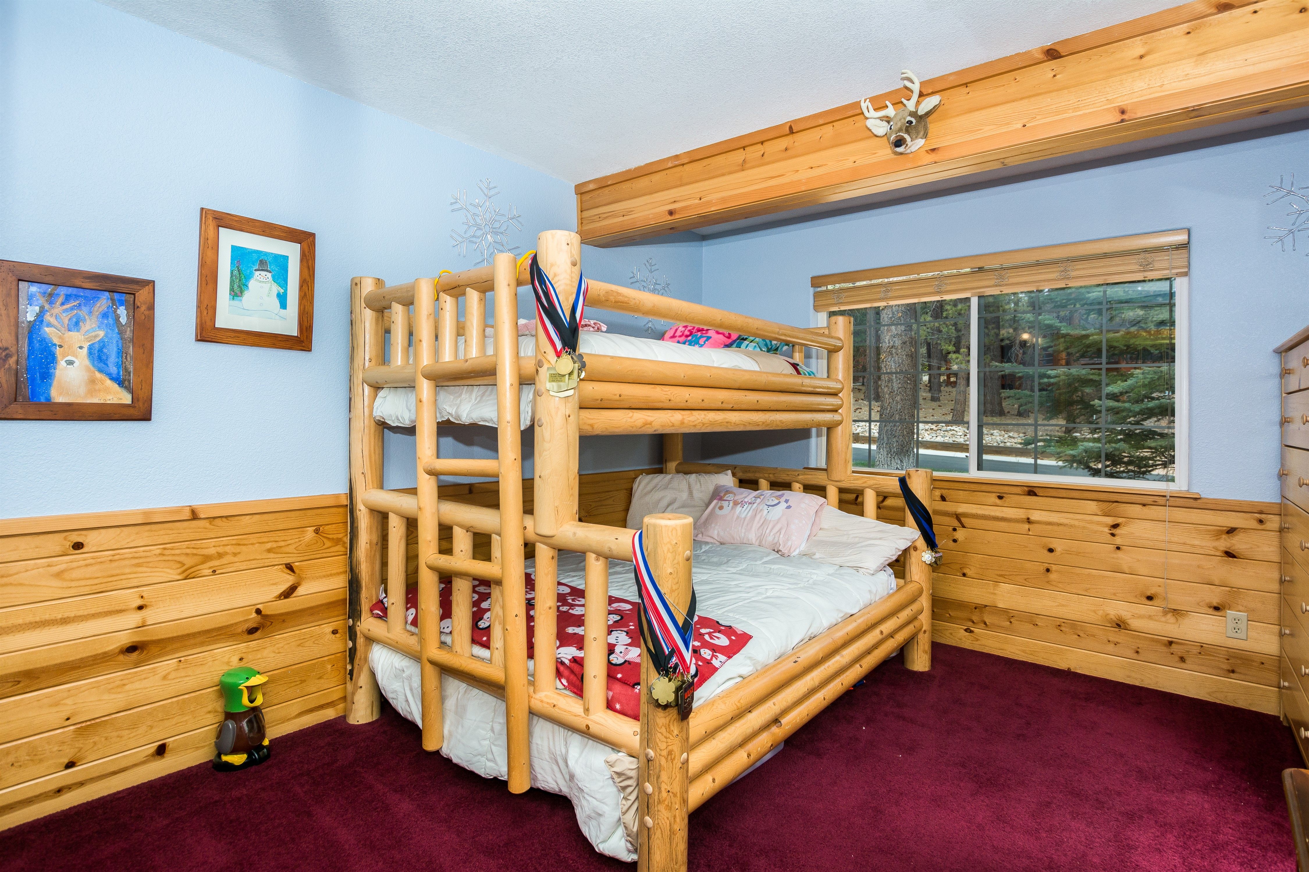 016_Bedroom2