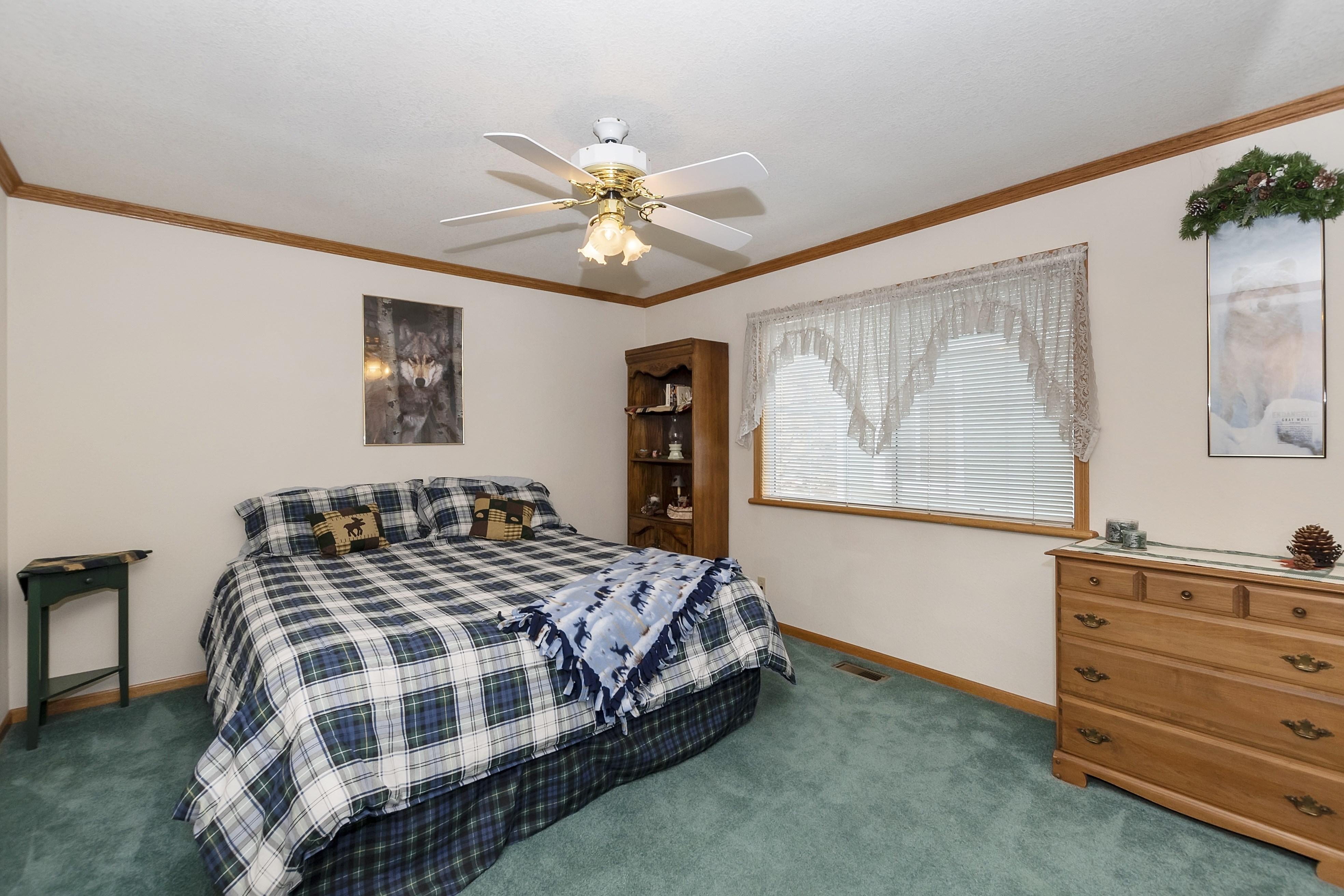 016_Bedroom