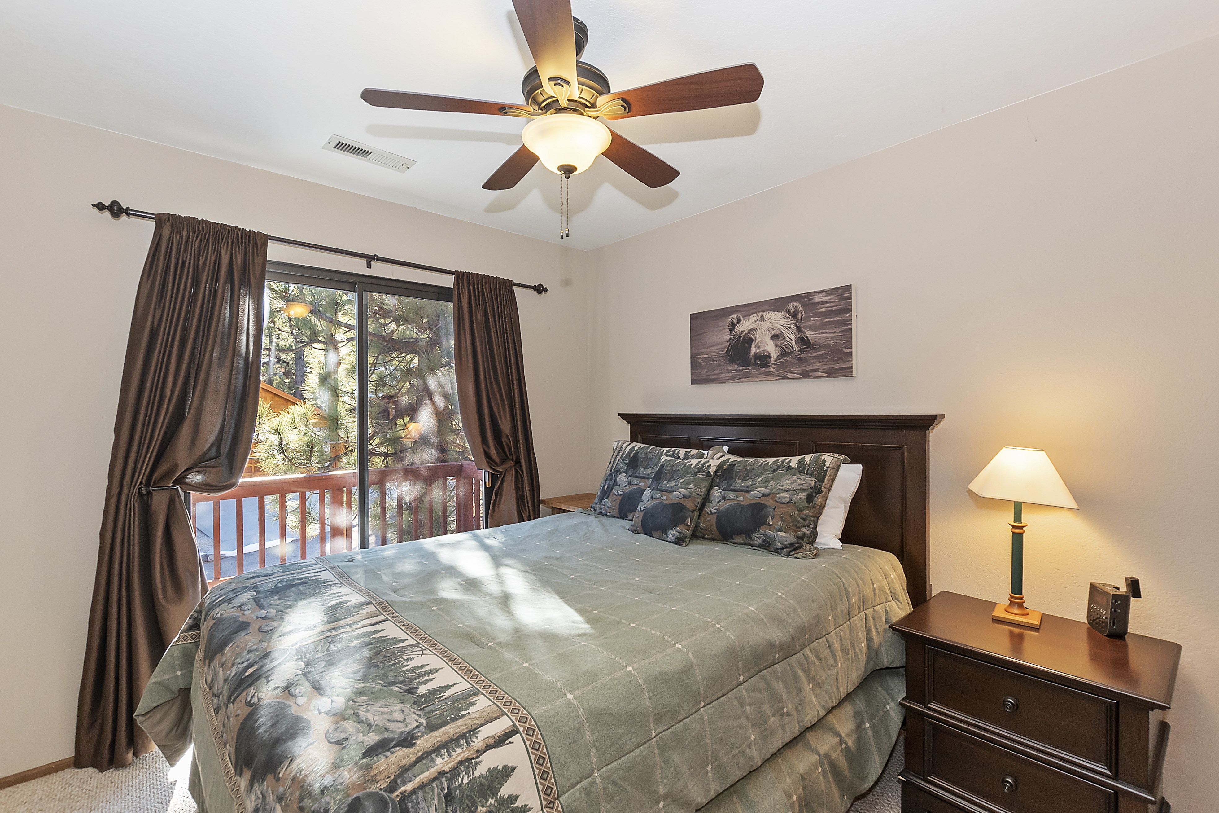 017_Bedroom