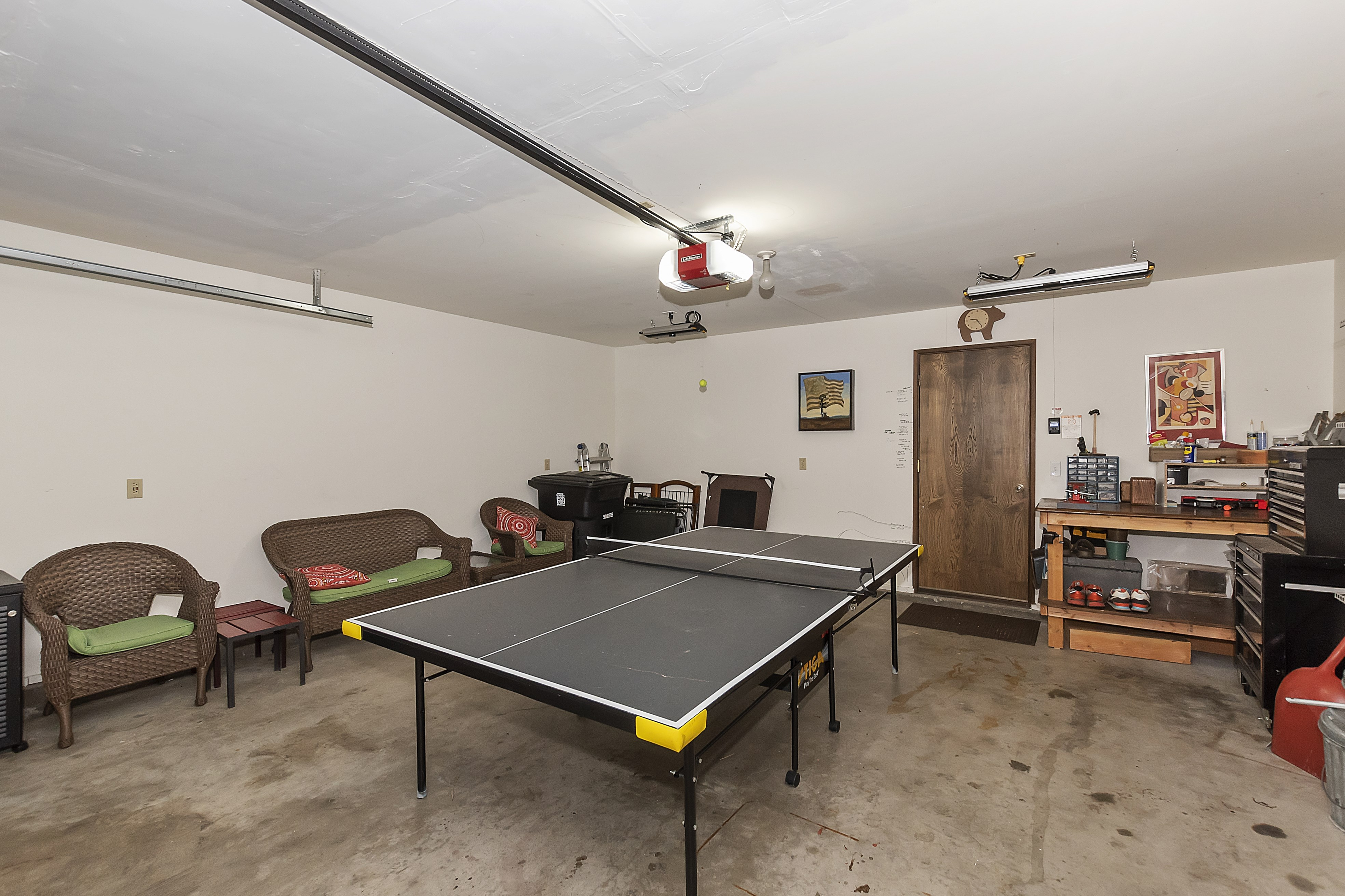 026_Garage